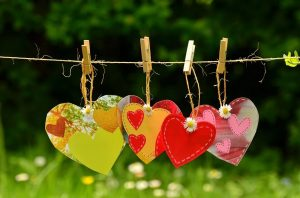 Article – Amours plurielles